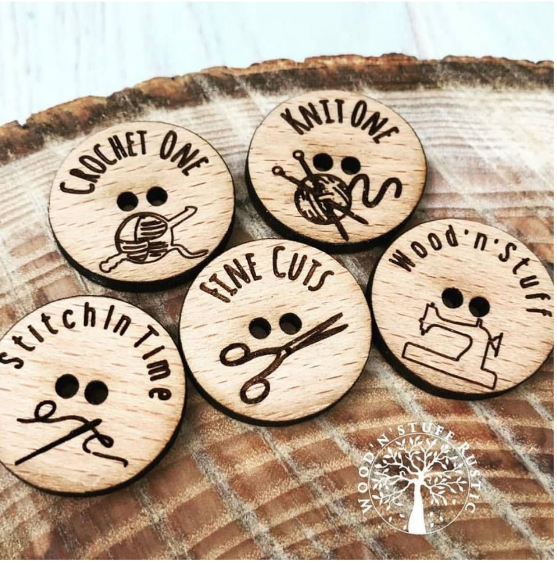 Oak buttons with craft image